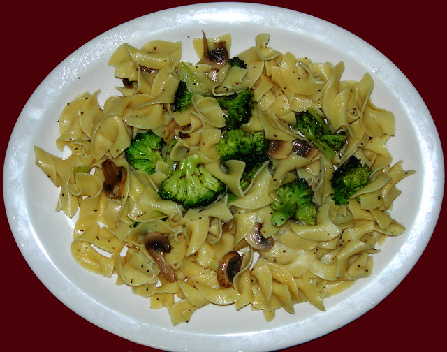 Egg Noodles with Garlicky Lemon Mushrooms & Broccoli