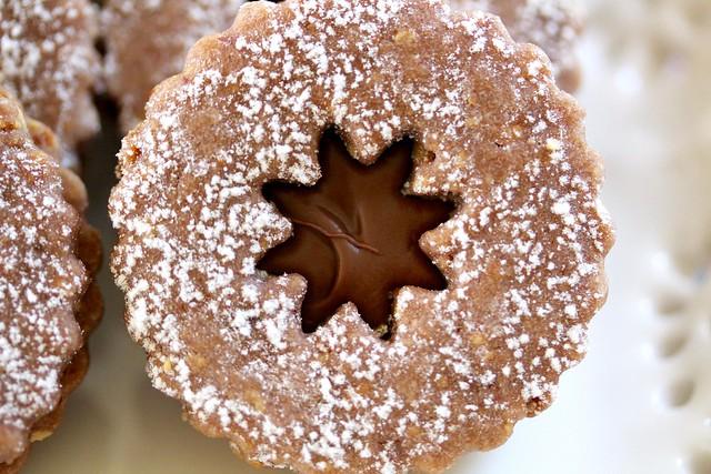 Linzer Cookies - 29
