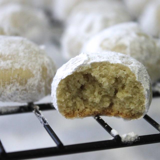 Cardamom Snowdrop Cookies