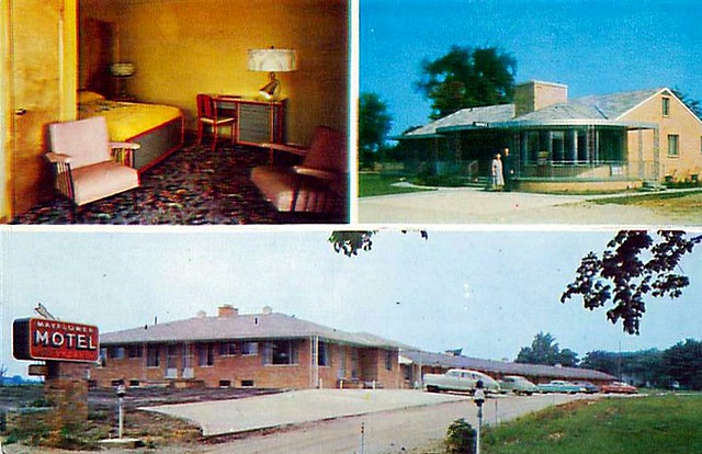 Mayflower Motel postcard, Michigan Avenue at Carpenter Road, Ypsilanti, Michigan.