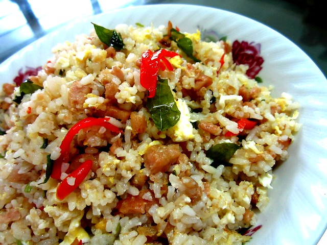 Luncheon meat fried rice
