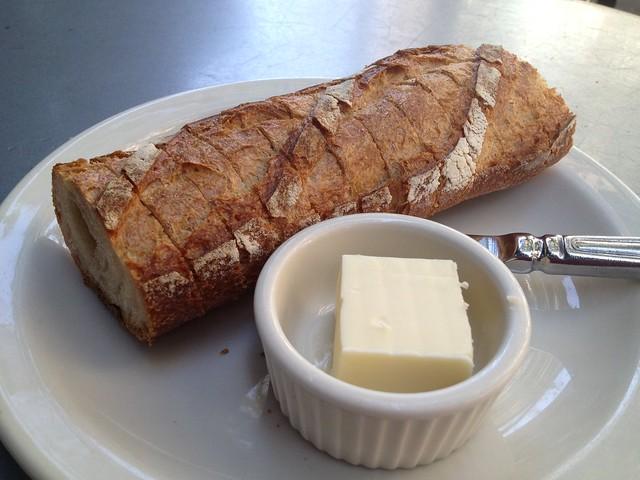 Baguette and butter - Le Pichet