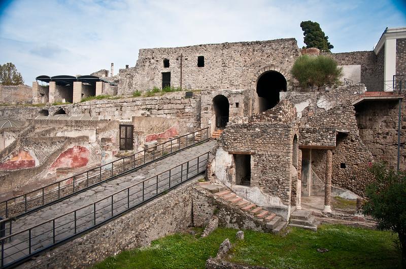 PompeiiWalksOfItaly-1