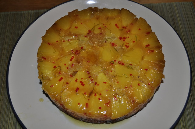 2012-10-10 Pineapple upside down cake 03