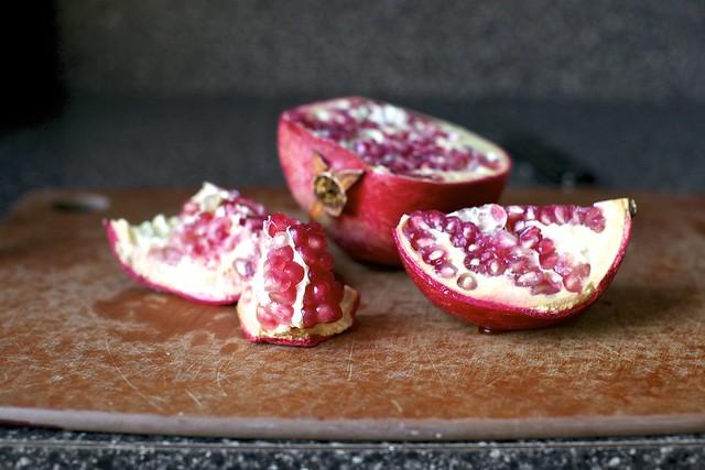 pomegranate, early season