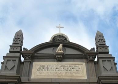Fotos Cementerio de Vegueta : El Guardián de La Memoria. Las Palmas de Gran Canaria - El Coleccionista de Instantes