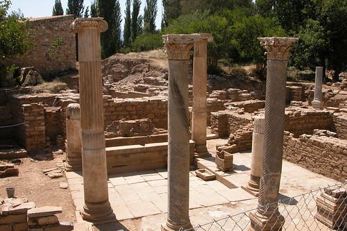 Los baños y termas eran comunes por toda la ciudad. La calidad de vida de Afrodisias era de las más altas de Grecia y posteriormente del imperio Romano. Aphrodisias y la diosa griega del amor - 8272946380 15e04d78f6 - Aphrodisias y la diosa griega del amor