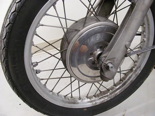 .Front rim gunge