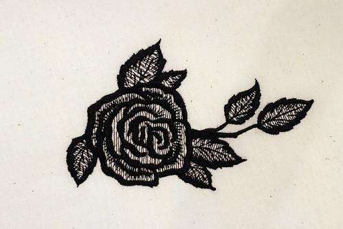 Black-Vintage-Rose