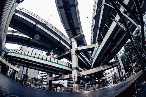 "Day 350/366 : Hakozaki ""Medusa"" Junction by hidesax"