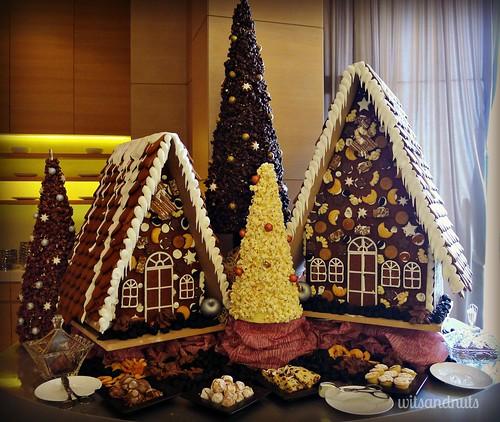 Gingerbread House, dessert bar in Rosewater Restaurant, Jumeirah Etihad Towers