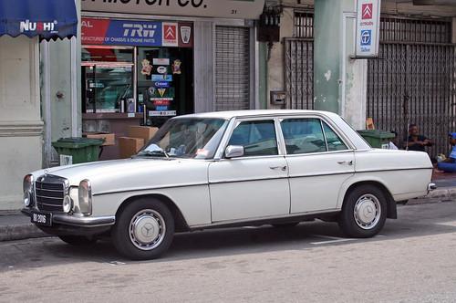 Mercedes strichacht