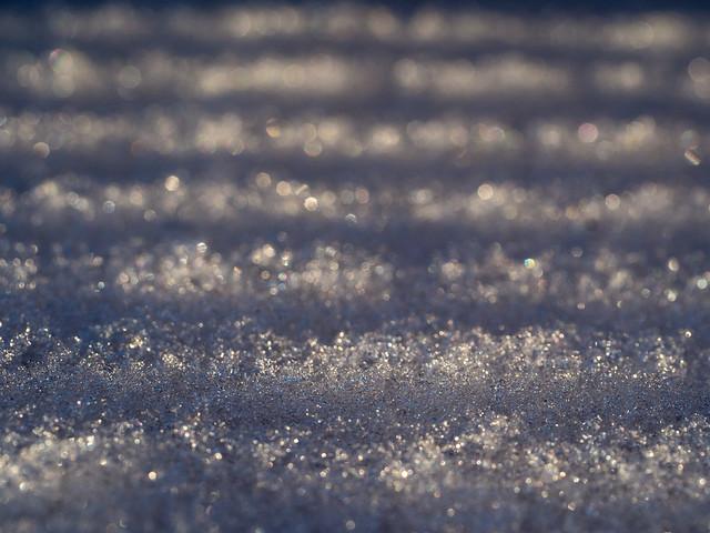 gestreifter Schnee