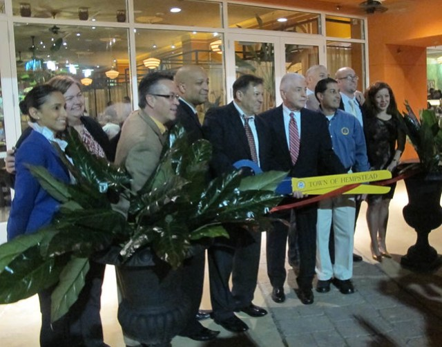 Cuban cuisine comes to long island as havana central opens at roosevelt field Cuban restaurant garden city ny