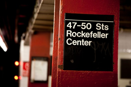 New York City : 47th - 50th Subway Rockafellar Center