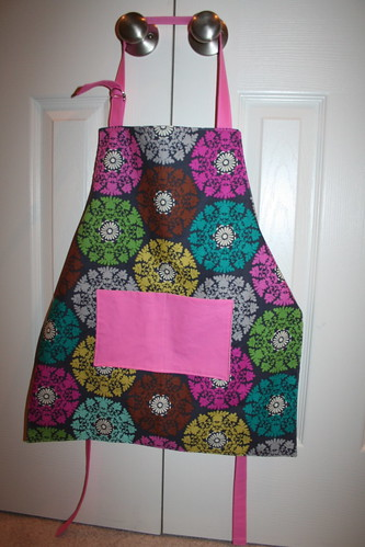 Child's Apron Front Hanging