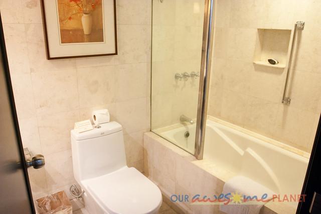 Taal Vista Hotel-140.jpg