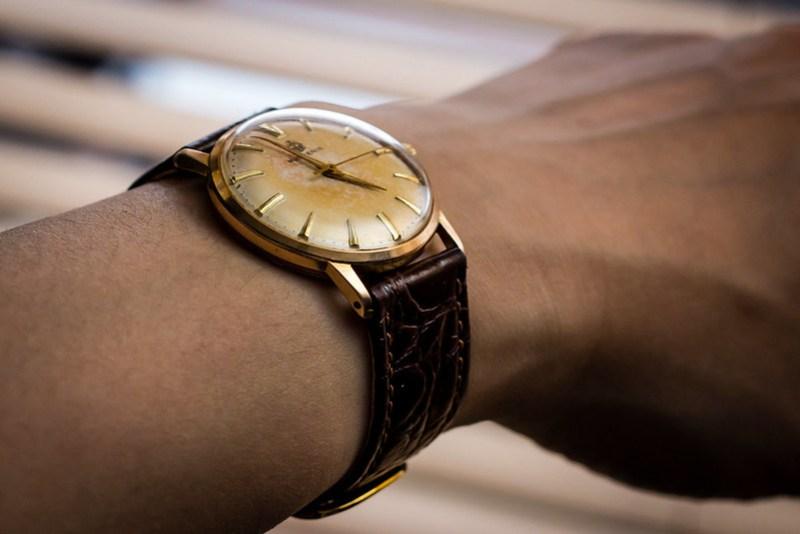 Vintage Huguenin dresswatch, back from service