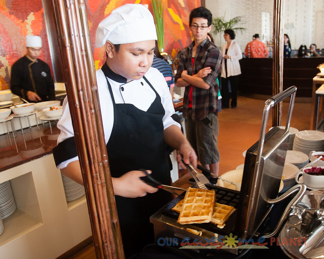 Taal Vista Hotel-24.jpg