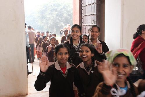 IMG_8454_ND-schoolgirls