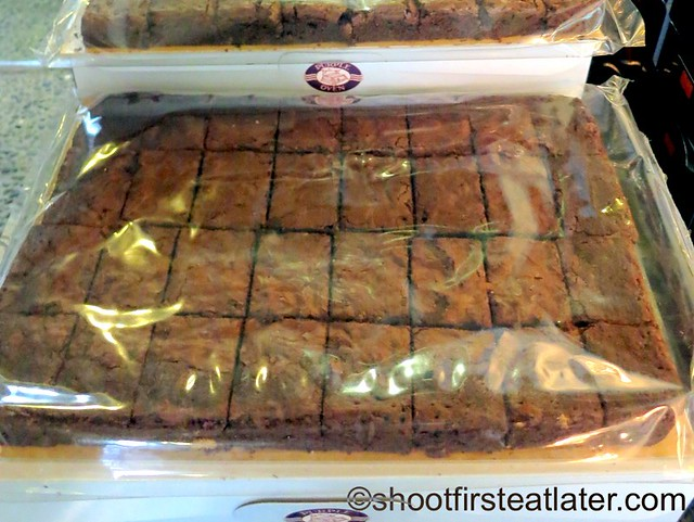 fudge brownies 32 pcs P450