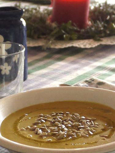 red lentil & shallot soup vellutè with curry & cumin - Crema di lenticchie rosse e scalogo con curry & cumino