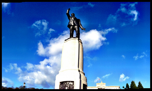 Lord Carson, Stormont by alan06