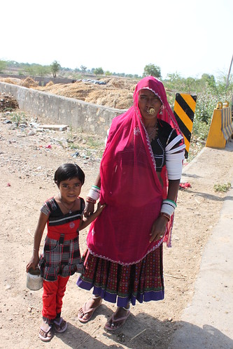 IMG_2082_Rajasthani-mother-child