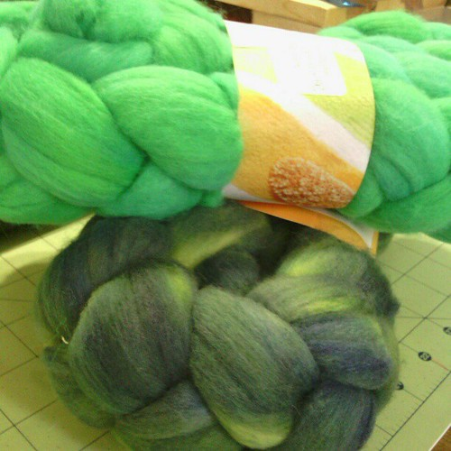 It's always the fiber that gets me, esp if it's #green #youngeryarns #hogsmeadeweekend