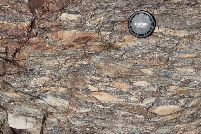 stretched pebble conglomerate