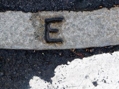 Curb E
