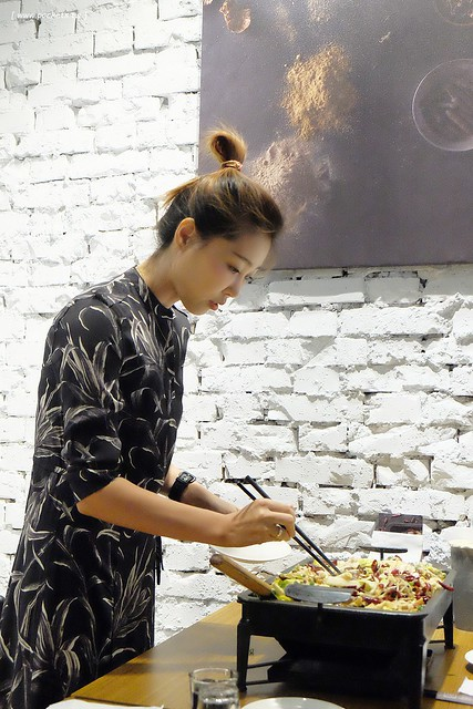 29438320705 a0b811c2f4 z - 熱血採訪│城裡城外巫山烤魚,台中第一間巫山烤魚,老闆是正宗大陸人,消費打卡送一壺涼茶