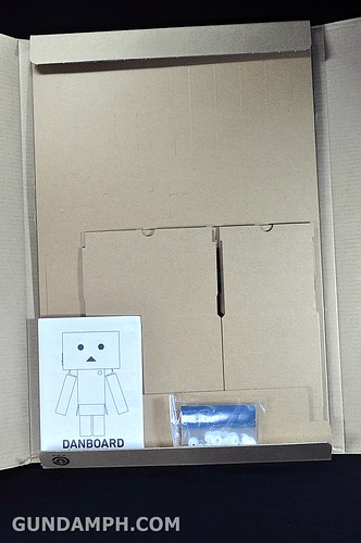 Big Scale Danboard Cardboard Assembling Kit Review (6)