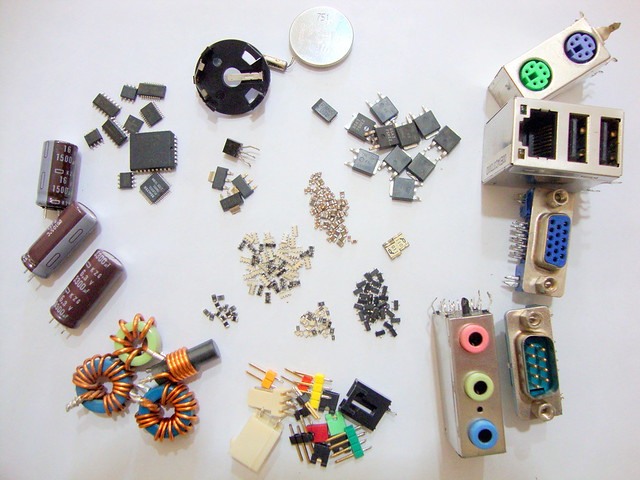 Recycling electronics component (AFTER)