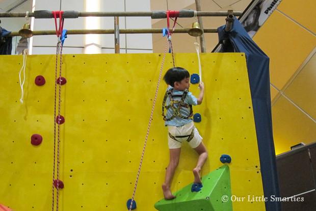 Edison - Wall Climbing 3