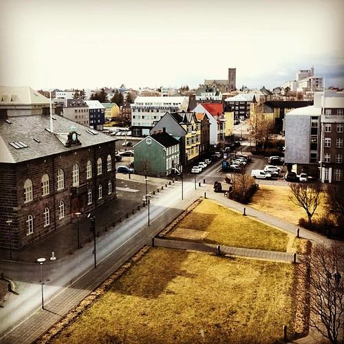 #reykjavik #iceland #austurvöllur #alþingi