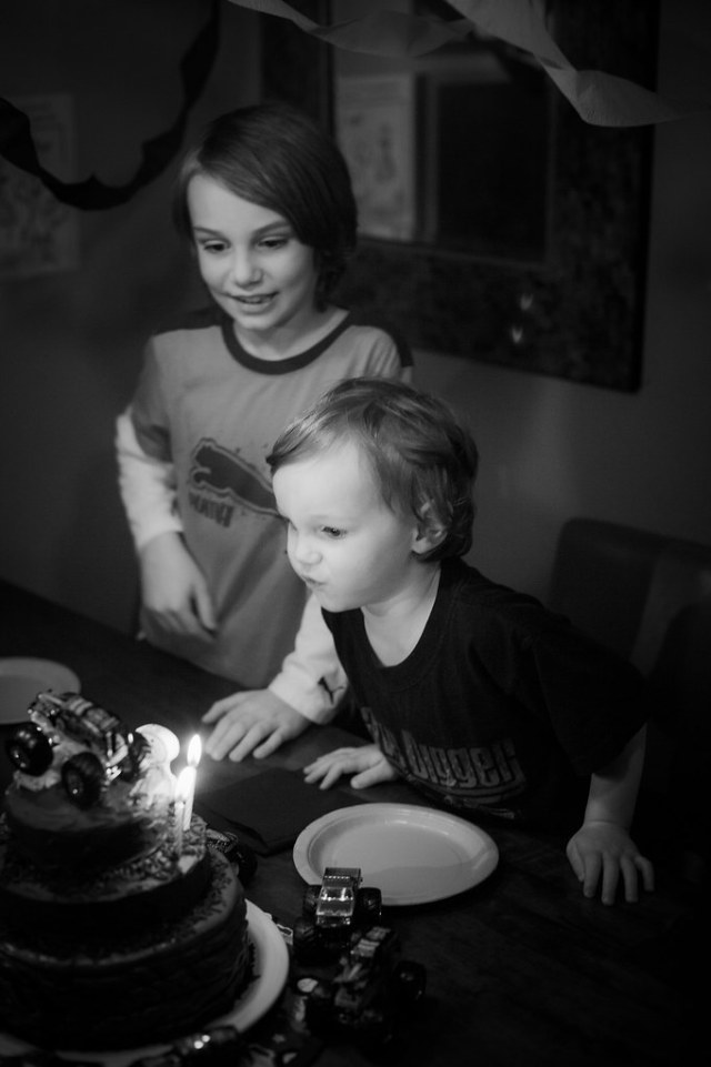 10/52/Life - Blowing out the candles.