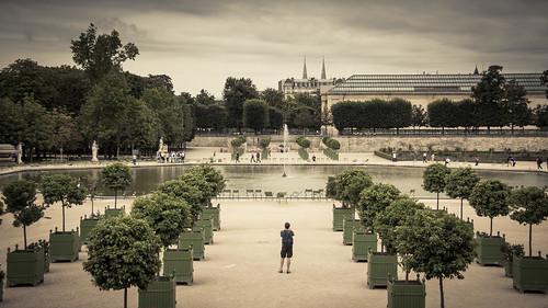 Urban Mythologies : No more oranges (Tuileries, Paris) - Photo : Gilderic