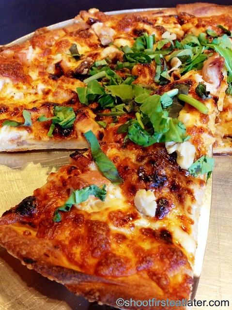 "Steveston Pizza -12"" Black Pizza P649 4"