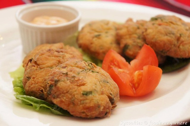 2.Jalapeno Crab Cakes- served with roasted Jalapeno Remoulade-frontera sol of mexico (11)