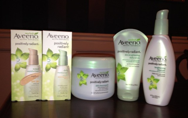 AVEENO® POSITIVELY RADIANT® COLLECTION