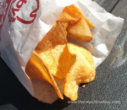 Arby's House Made Kettle Chips Super Closeup 3