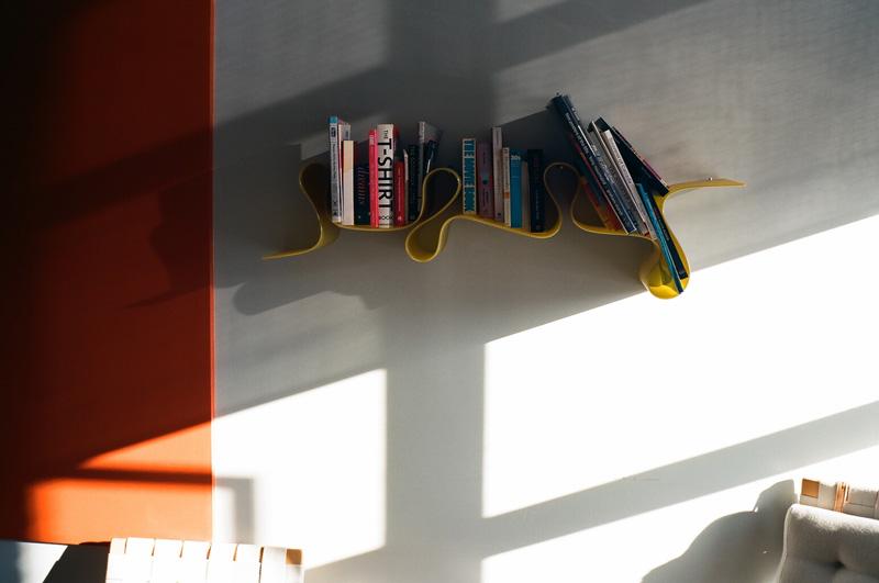 LM6_R001_bookshelf