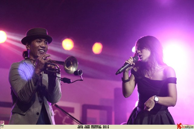Java Jazz Festival 2015 Day 3 - Rio Sidik (1)