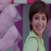Anushka Sharma Cute Smile In Movie PK HD Wallpaper - Stylish HD Wallpapers.