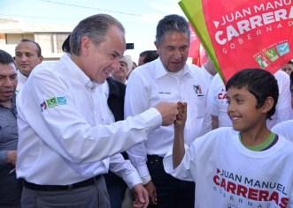 Promete Juan Manuel Carreras terminar urbanizaciones en Salinas
