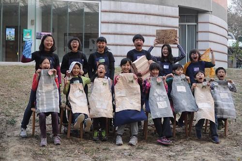 【Video】「MAD有星期六」兒童材質創作營:自己做一件圍裙(10.6ys)