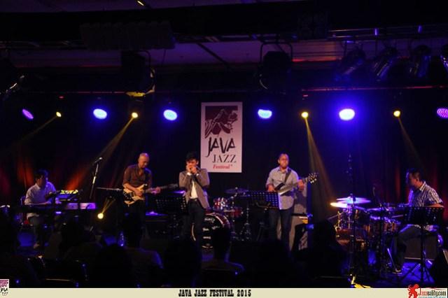 Java Jazz Festival 2015 Day 3 - The Daunas