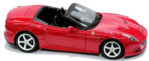 Burago Ferrari California T