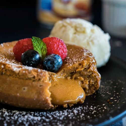 3-ingredient molten dulce de leche cakes